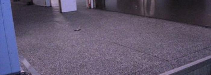 Margia granietvloer aangewerkt op een hoeklijn