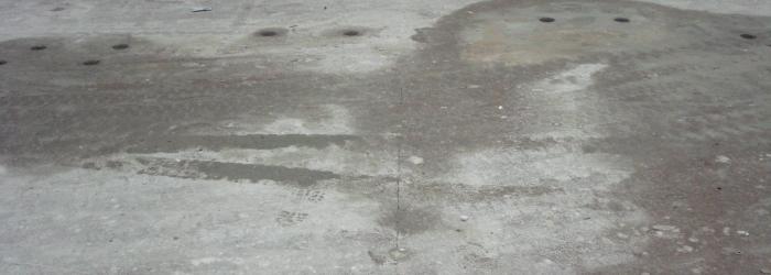 Oude slechte vloer
